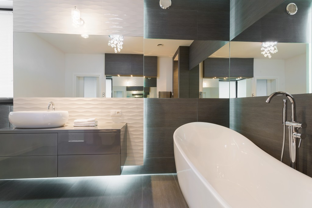 Freestanding bathtub in stunning modern bathroom design